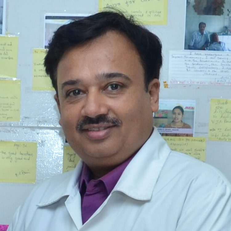 Dr Kuntal Soni - Dentist & Dental Surgeon in Vadodara